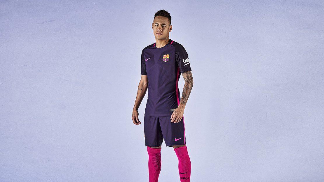 1b28fe1bc FC Barcelona Home and Away Kit. Director   Paolo Freschi. Photographer   Andrea  Bastoni